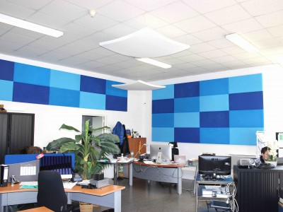 acoustic-panel-1000-500-blue-boardroom-400x300