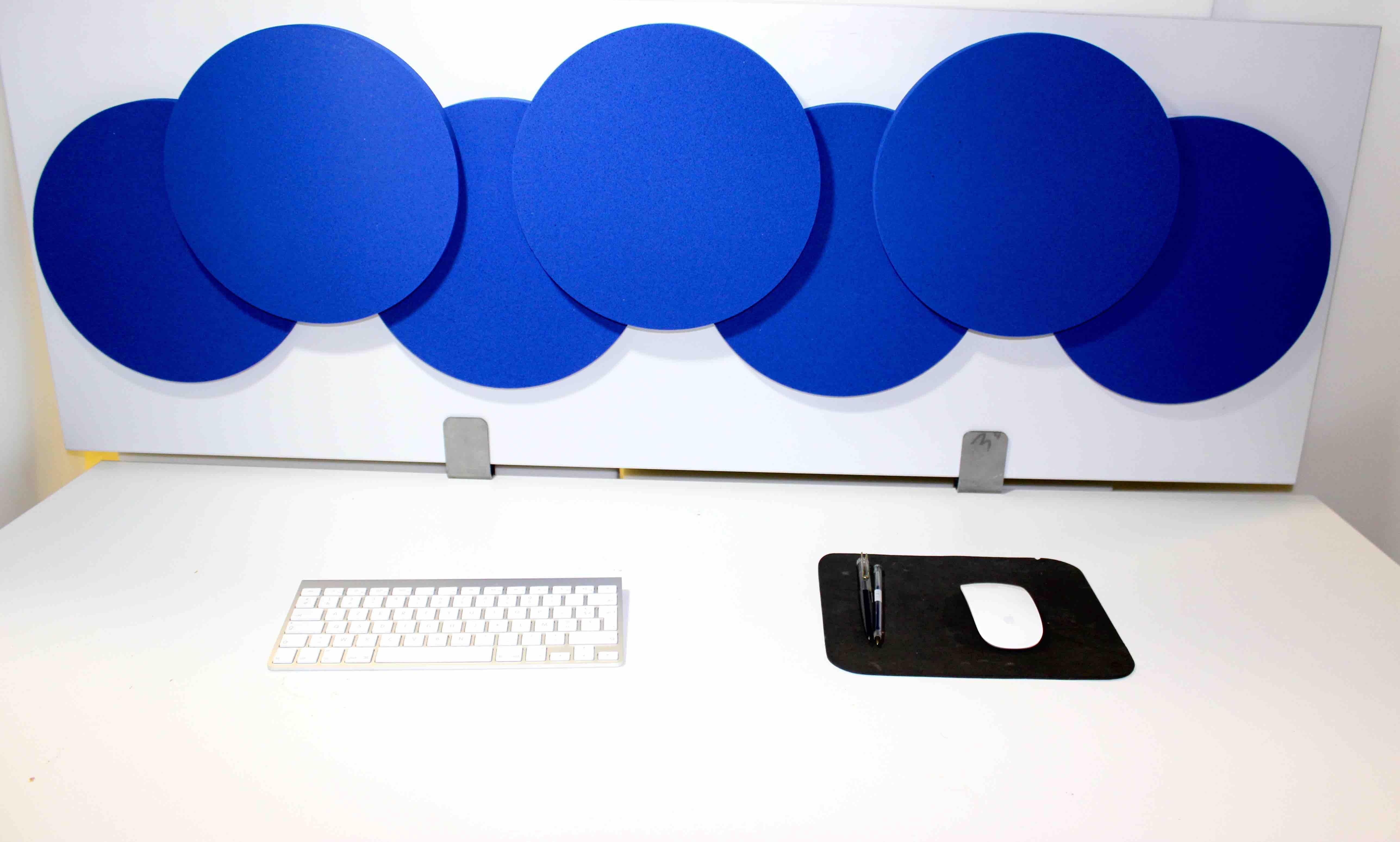 cloison acoustique olympic 3d sur bureau. Black Bedroom Furniture Sets. Home Design Ideas